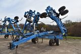 DMI Nutri-Placr 5300 Anhydrous Tool Bar, 40', 19 Knife, NH3 Cooler With Raven 440 Monitor, Walking T