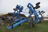 DMI Nutri-Placr 5300 Anhydrous Tool Bar, 42', 17 Knife, Ground Driven Control Cooler, Walking Tandem