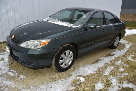 2002 Toyota Camry LE Car, Auto, 141,644 Miles, Cloth, CD, AM/FM, Runs Good, Just Detailed, Has Bee