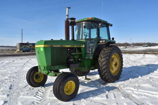 1981 John Deere 4440 2WD Tractor, Quad Range, 9571