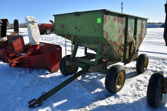 175 Bushel Gravity Flow Wagon With John Deere 106