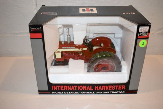 Spec Cast International Harvester 340 Tractor, Highly Detailed, 1/16th Scale With Box
