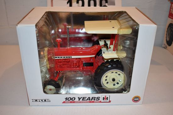 Ertl 100 Years Centennial Farmall 1206 Tractor With Canopy, 1/16th Scale With Box