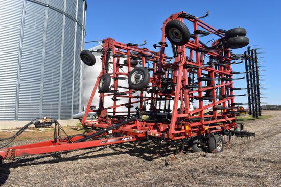 """2009 Case IH 200 Field Cultivator 52.5' 4 Bar Harrow, 7"""" Sweeps, SN:35615"""