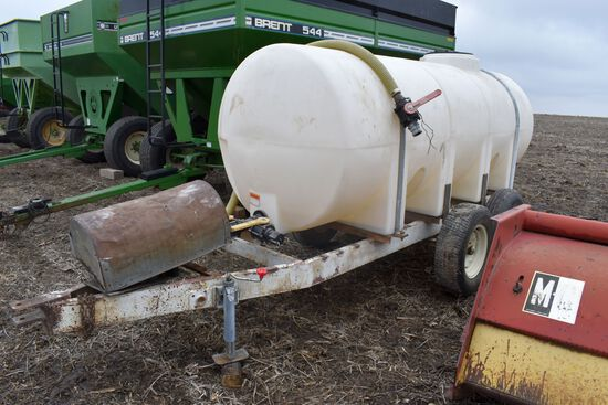 1,000 Gallon Water/Fert Tender On Tandem Axle Trailer, Banjo Valves, JD 250 AP Gas Transfer Pump