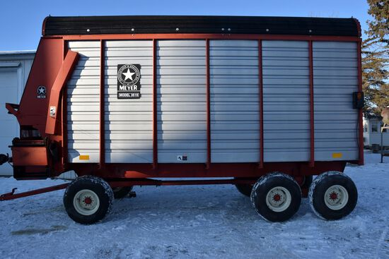 Meyers 3516 TSS Forage Box 16', Unload Extension With Meyers 1200 Series, 12 Ton Tandem Running Gear