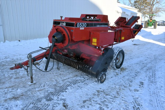 Case IH 8530 Inline Small Square Baler, 540PTO, Thrower, SN: CFH0019924