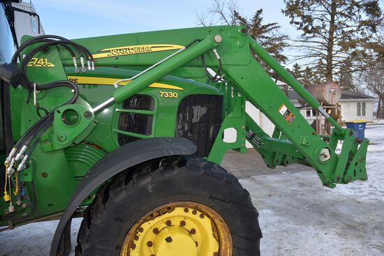 2010 John Deere 741 Hydraulic Loader w/Bucket, Loader Brackets With Go With Loader, Joystick Is Stay