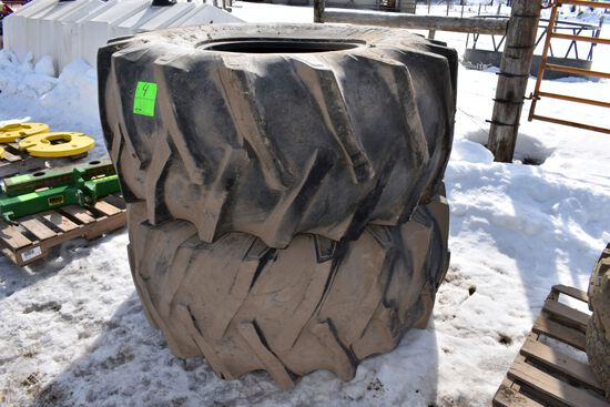 Pair 23.1x26 Tires At 30%