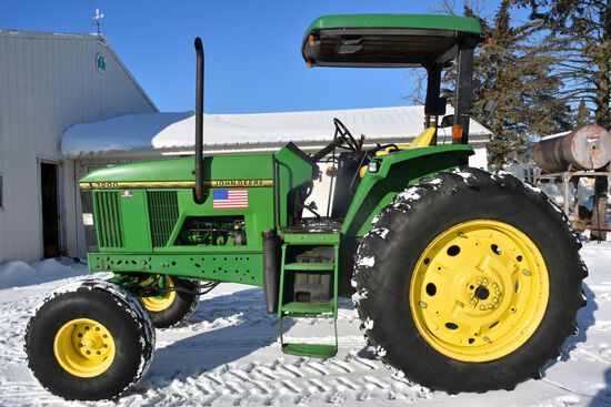 1996 John Deere 7200, 2WD, Open Station With Canopy, Quad Range, 540/1000 PTO, 2hyd, 3pt, SN: S00434