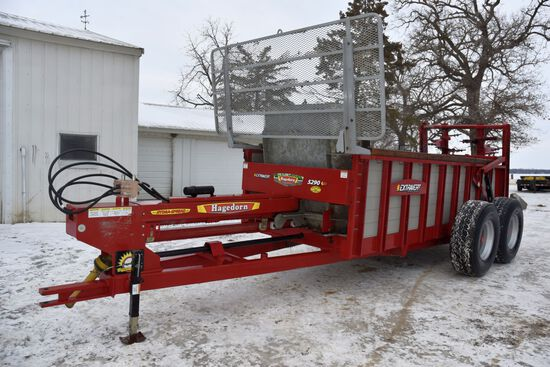 Hagedorn 5290 Hydro-Spread Extravert Manure Spreader, Vertical Beater, Front Guard, 22.5 Floater Tir
