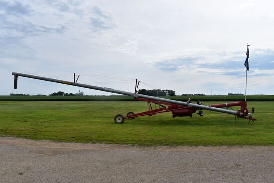 """MayRath Swing Hopper Grain Auger, 10""""x61', Hydraulic Lift, 540PTO, Hyd. Drive Auger Jogger, Double A"""
