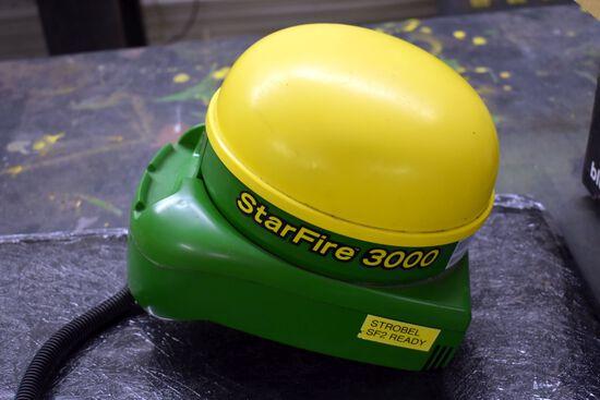 John Deere StarFire 3000 Globe, SF2 Ready, SN: PCGT3TB760058