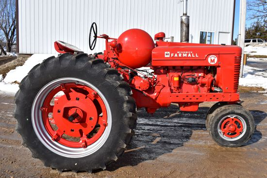 Farmall Super M Tractor Factory LP Gas, Clam Shell Fender, Completely Restored, New 14.9-38 Tires, P