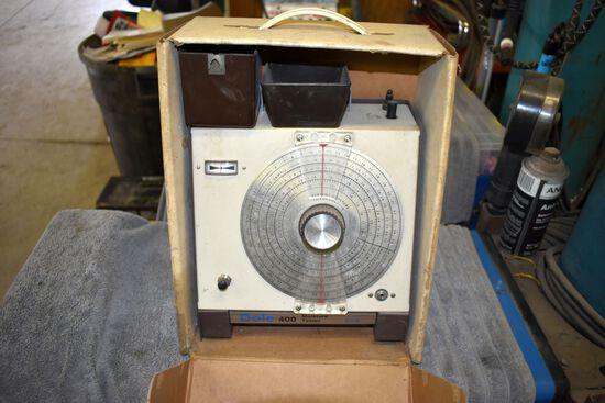 Dole Model 400 Moisture Tester In Box