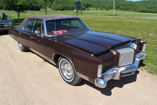 1976 Chrysler New Yorker 4 Door Car, 65,814 Mile Showing, Metallic Brown In Color, VIN: CS43N6C16088