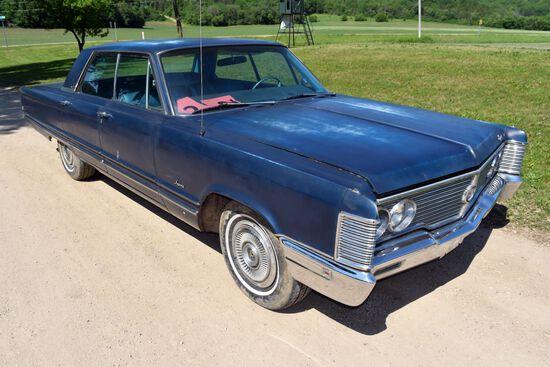 1968 Chrysler Imperial 4 Door Car, 96,355 Miles Showing, Dark Blue In Color, VIN: YM43K8C312613