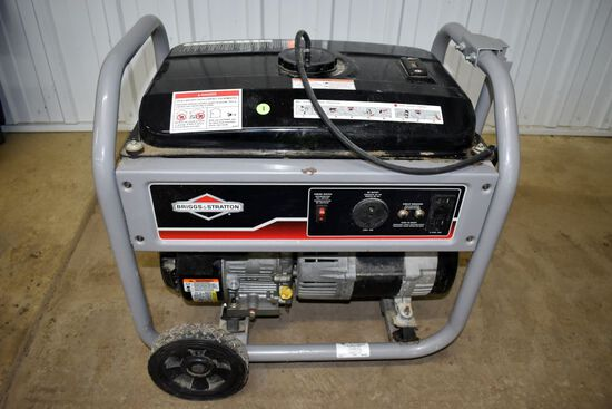 Briggs And Stratton 3500 Watt Gas Generator, 11.5HP Briggs Motor, Runs Good