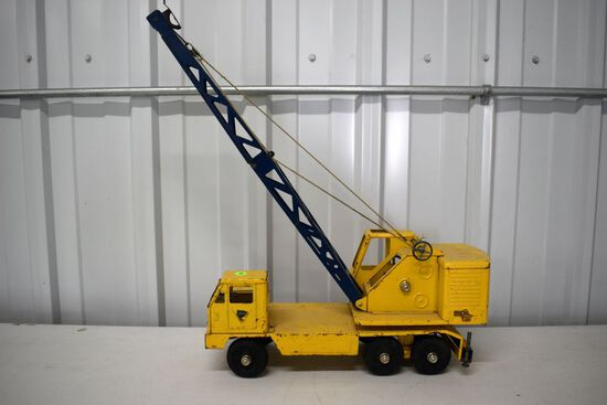 1960s Nylint Michigan Model T-24 Crane