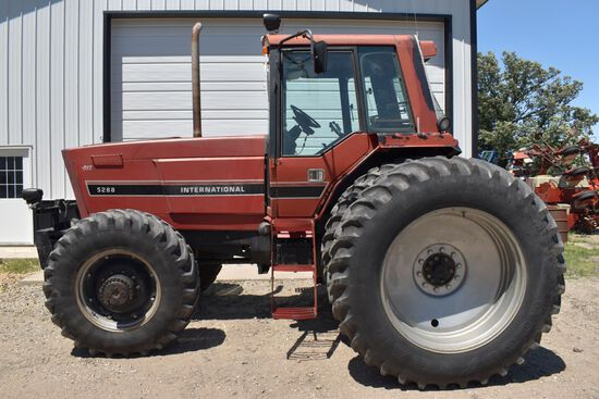 1984 IHC 5288 MFWD, 8299 Hours, 18.4x42 Duals 75%, 1000PTO, 3 Hydraulics, 3pt Quick Hitch, Ag Leader