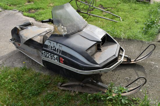 Artic Cat Jag 340 Snowmobile, Motor Is Free, 3714 Miles Showing
