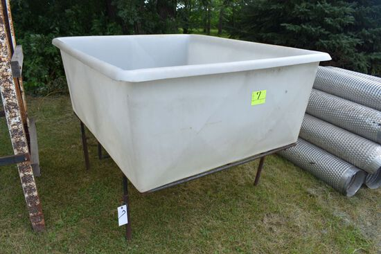 """Poly Bin On Metal Stand With 2 1/2"""" Hole"""