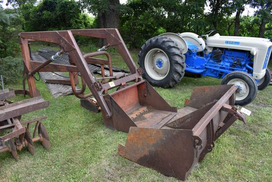 Ford Hydraulic Lift Trip Bucket Loader, 2 Buckets, Came Off Ford 4000 Tractor