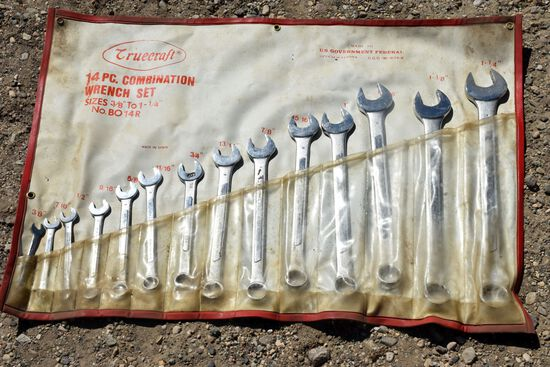 Truecraft 14 Piece Combination Wrench Set 3/8 to 1 1/4