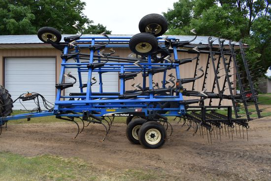 DMI New Holland ST250 Field Cultivator, 26.5', 10' Main Frame, 4 Bar Tine Harrow, Walking Tandems Al