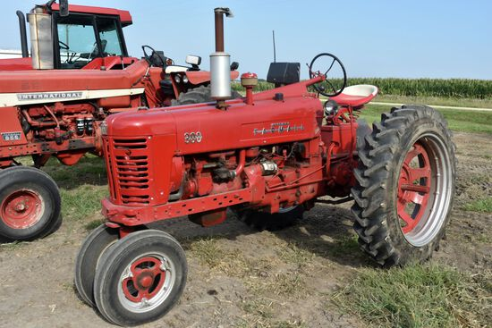 IHC Farmall 300 Tractor, Narrow Front, 12.4x38, 540PTO, 2hyd., Good TA, 2nd Owner, Nice Tractor, SN: