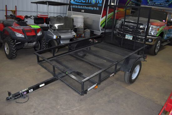 Carry On Trailer Corporation, 5'x8' Single Axle Utility Trailer, Rear Ramp, Lights, Fenders