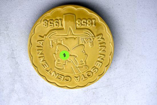 Red Wing Pottery Minnesota Centennial 1858-1958 Trivet, Yellow