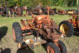 Allis Chalmers B, narrow front, with belly moser, missing hood 5radi girll