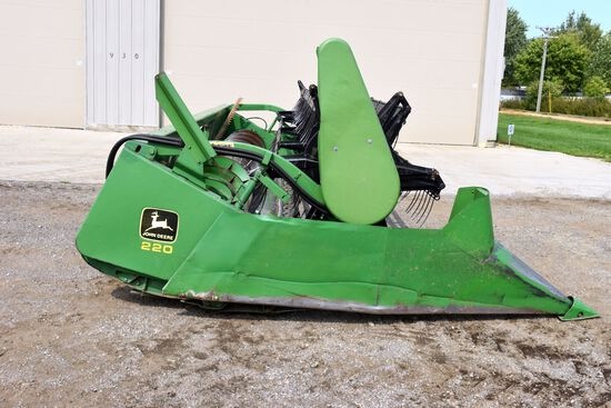 John Deere 220 Bean Head, 20', Rock Guard, SN: F611673, New Sickle and Section In 2019