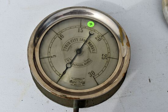 Antique vintage Crosby Steam Gauge & Valve Co., Boston pressure gauge, Twin City Iron Works Minneapo