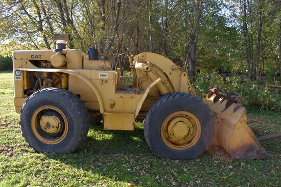 "Caterpillar 922B Traxcavator Wheel Loader, Open Station, 15.5Rx25 Tires, Diesel, Runs/Drives, 87"" Bu"