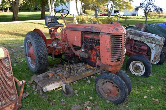 Case VAC Tractor, Fenders, 12.4x28 Turf Tires, With Woods Belly Mower, N/F, Stored Inside, Motor Tur