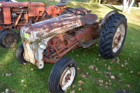 Ford 8N Tractor, Fenders, 12.4x28 Tires, 4 Speed, Trans Cover Removed, No Fluid In Trans, Trans & Re