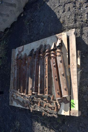 (10) Knife Rolls and Gathering Chains Off IH Corn Head