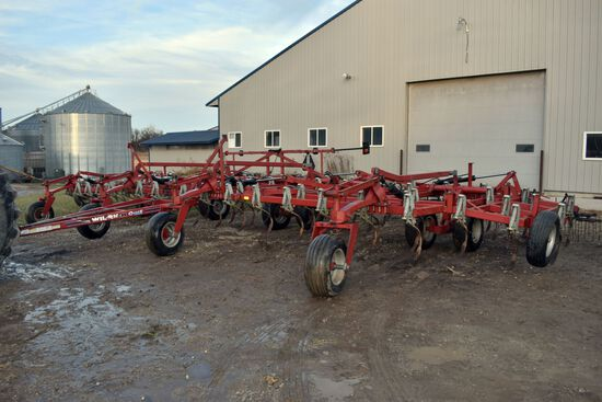 WilRich Quad 5 Field Cultivator, 46.5' 4 Bar Harrow, Gauge Wheels, SN: 451372