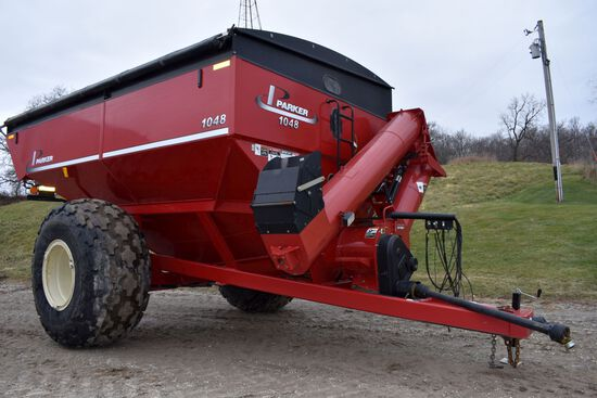 2013 Parker 1048 Grain Cart, Roll Tarp, Scale, 35.5/L32 Tires, 1000PTO, Looks New, SN: B28-180-143