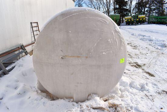 1300 Gallon Horizontal Poly Tank