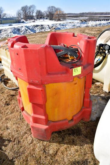 115 Gallon Poly Tote With 12 Volt Pump