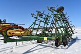 John Deere 960 Field Cultivator, 30.5', Walking T