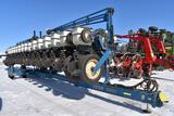Kinze 3600 Center Pivot Planter, 16 Row 30