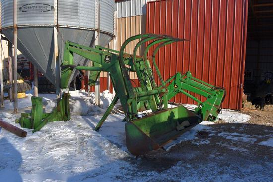 "John Deere 280SL Hydraulic Loader, 98"" Quick Attach Bucket With 4 Tine Grapple, Mounts"