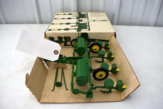 Original Ice Cream Box Ertl John Deere 4 Row Planter, With cardboard insert, Box in good condition