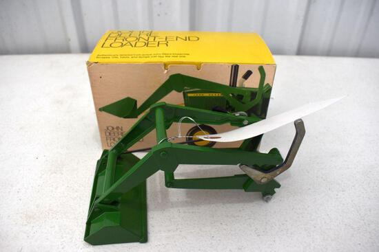 Original Ice Cream Box Ertl John Deere Front End Loader, Box in good condition