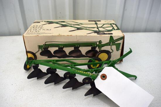 Original Ice Cream Box Ertl John Deere 4 Bottom Plow, Box in good condition with some wear