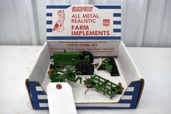 Slik-Toy #9910 Farm Set All Realistic Farm Implements In Original Box, Good condition
